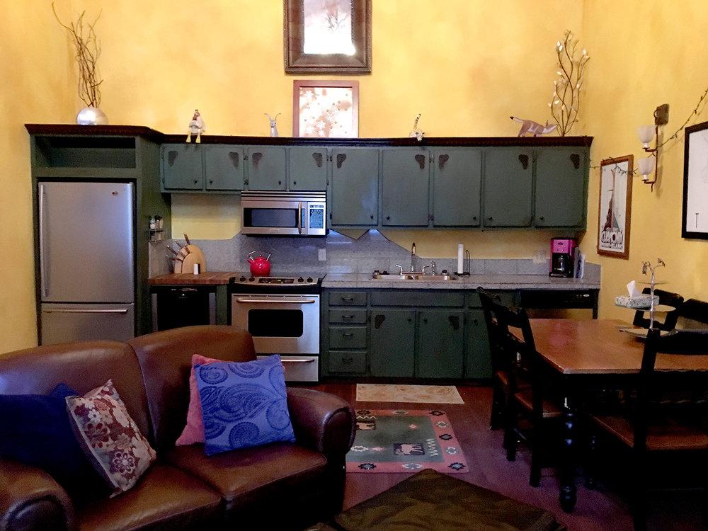 brek_4__kitchen_2_web.jpg