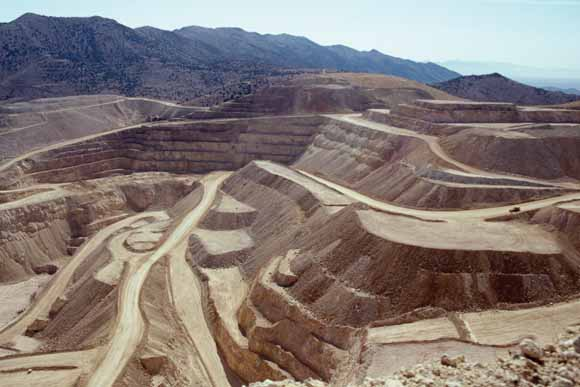 Open pit mine in Nevada provided courtesy of the United States Geological Survey (http://pubs.usgs.gov/fs/2005/3023/)