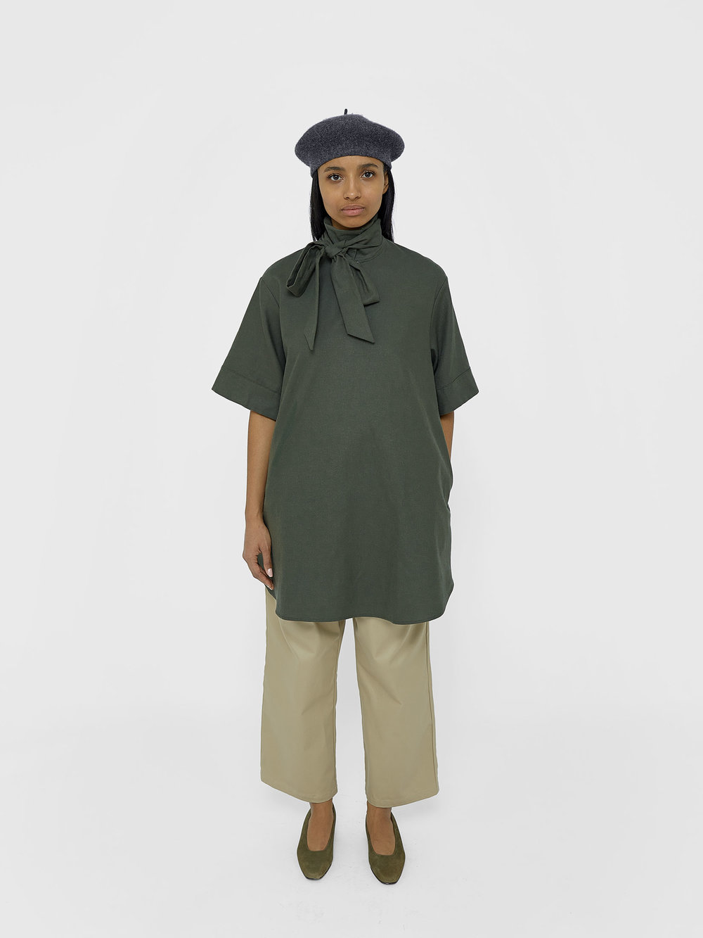 tunic-unisex-olive-kirsten-one-dna-01.jpg