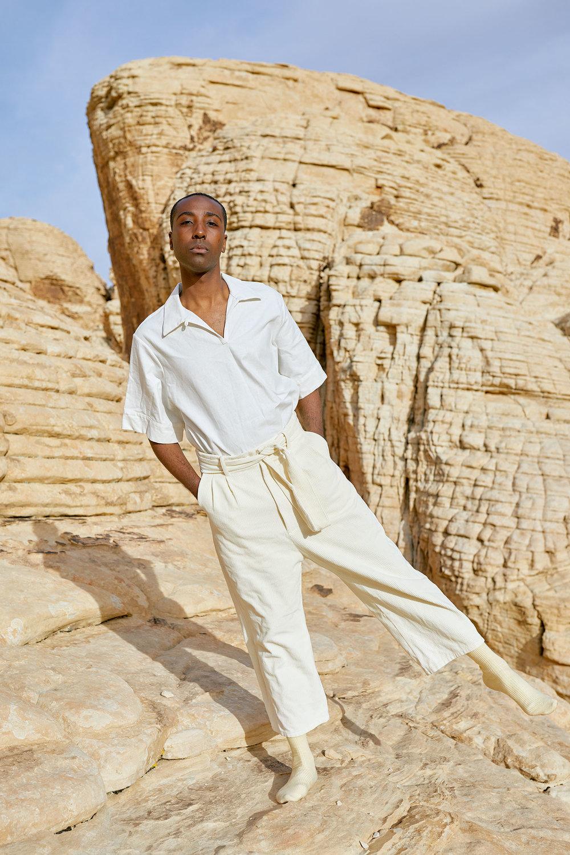 Travis Wears One DNA Tunic In White Linen