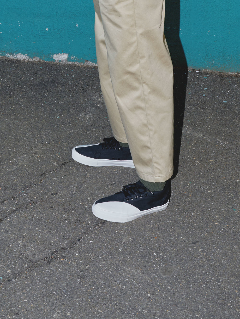 One DNA Pant in Khaki, Detail