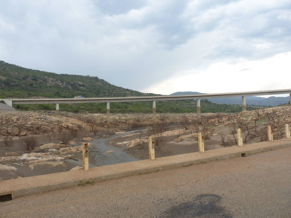 News_Drought_Bridge_2.jpg