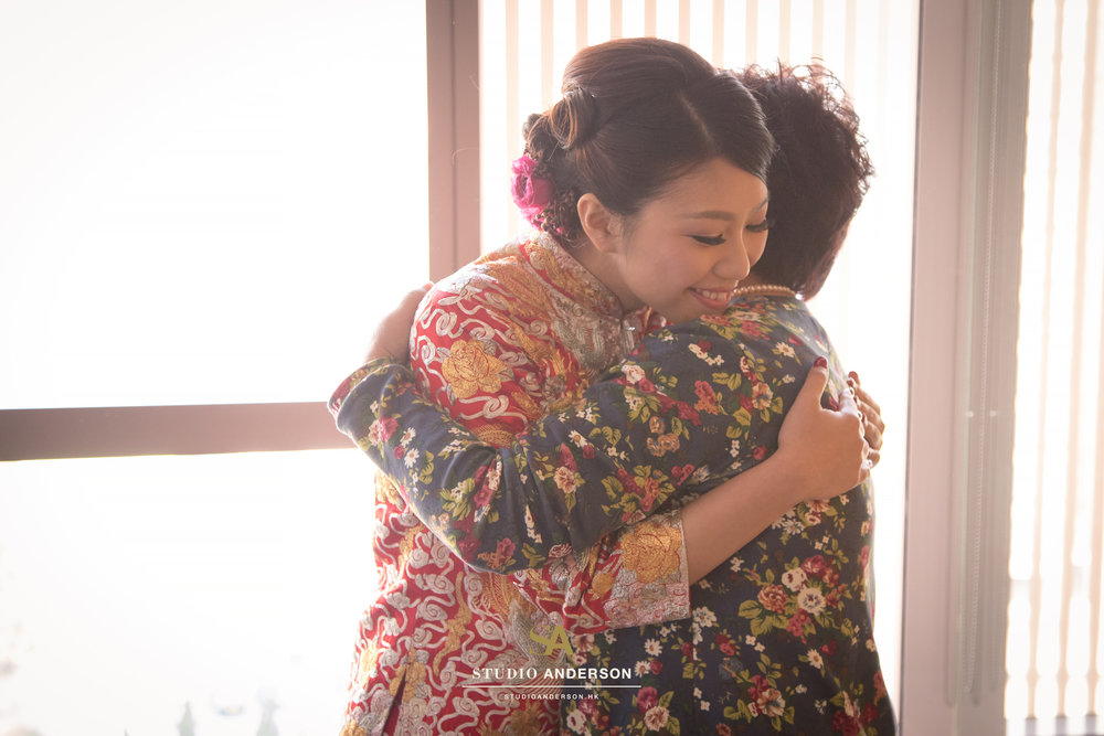 0134 - LT wedding.jpg