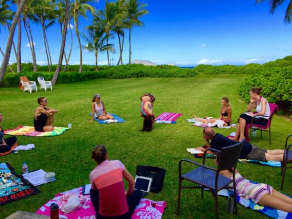 hawaii-2015-handstofeet-600x450.jpg