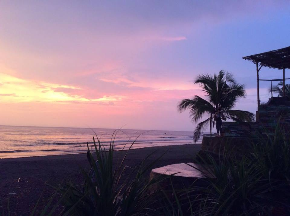 flow-yoga-teacher-training-bali-sunset.jpg