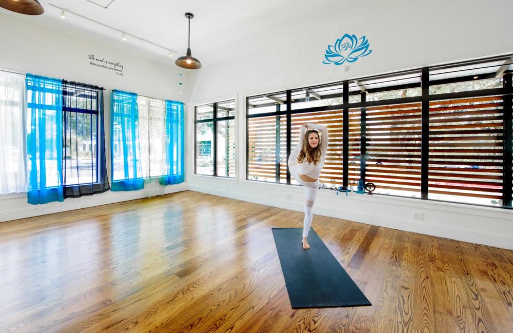 ryt-200-flow-yoga-teacher-training-austin-texas.png