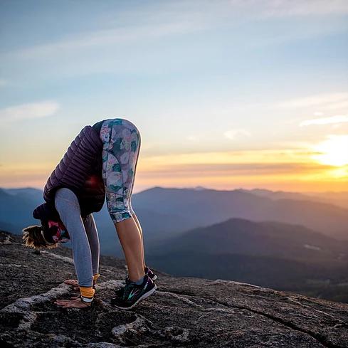 popular-hot-yoga-teacher-training-in-lake-placid-new-york.png