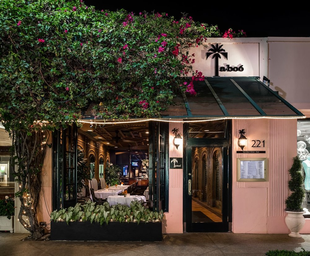 TA-BOO - In the heart of Worth Avenue is Ta-boo, the perfect lunch spot for locals and tourists alike. Palm Beach is all about the palms… and Ta-boo capture the tropical, classic, breezy charm of the city in every detail. Take a break from shopping and stop in for a steak salad and a crisp Gavi.