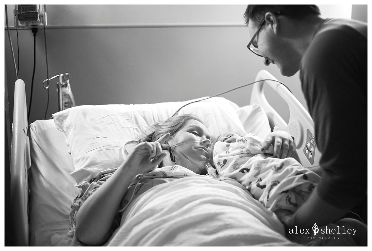 alex-shelley-birth-photography-0039