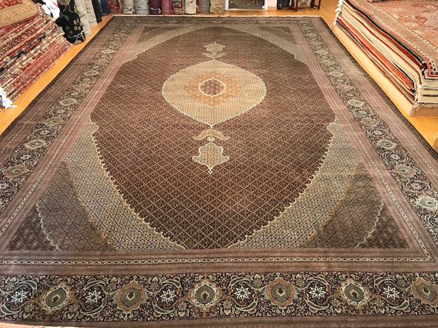 Rug P23