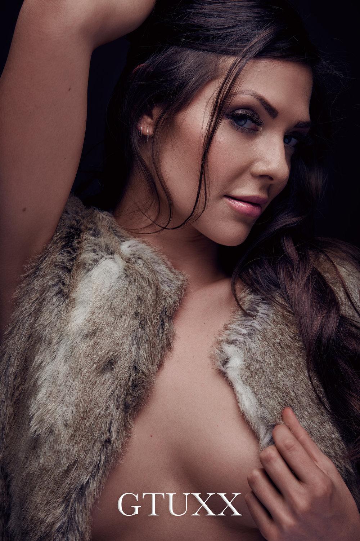 Twinny B in Fur web.jpg