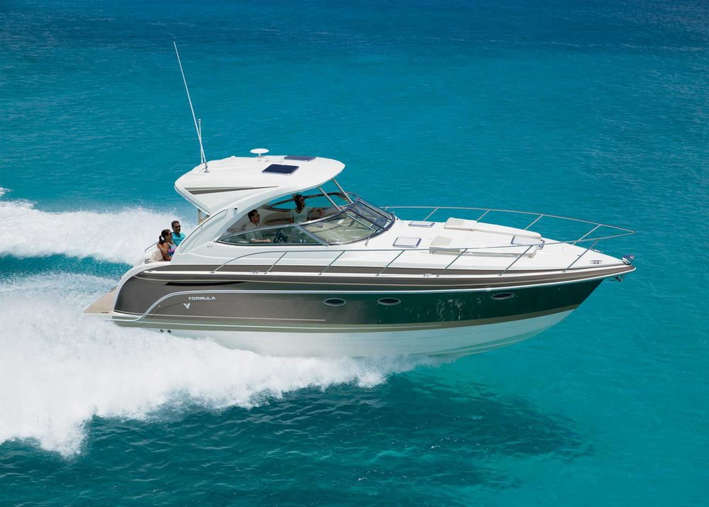 40 ft Formula / 10 guests max<br><b>From $700</b>