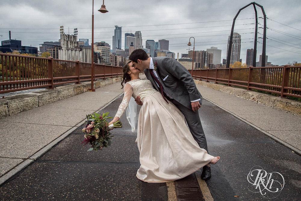 Greta&Paul-MinnesotaWeddingPhotographer-RKHImages(2of29).jpg