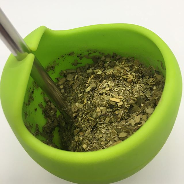 Good lookin' slope of yerba mate inside that gourd. Learn how to make the perfect gourd of mate. Subscribe now!