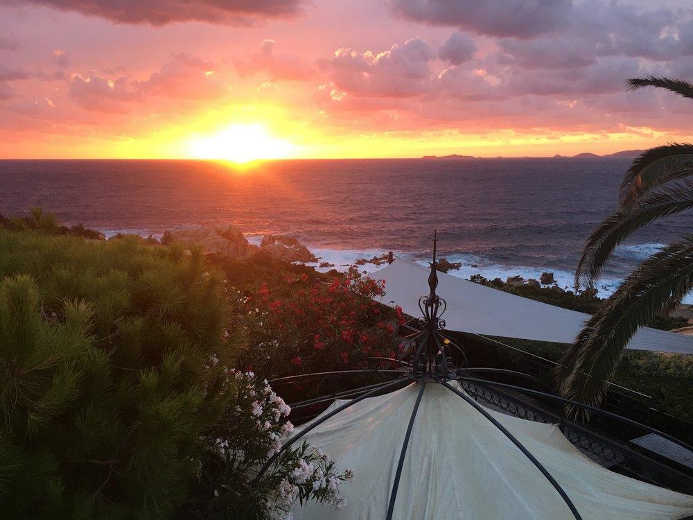 Sonnenuntergang von der oberen Terrasse