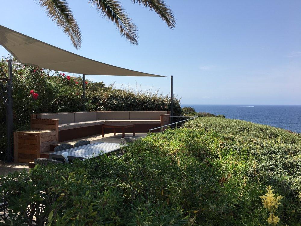 Pool-Lounge im Freien