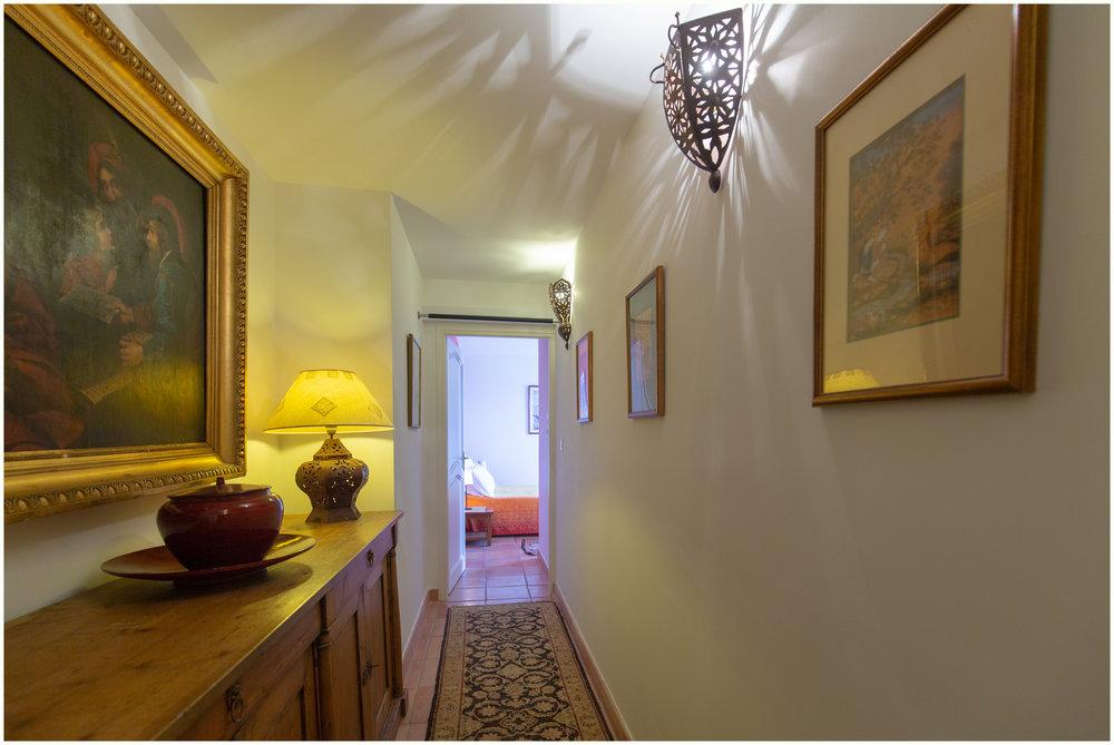 Couloir de desserte des chambres