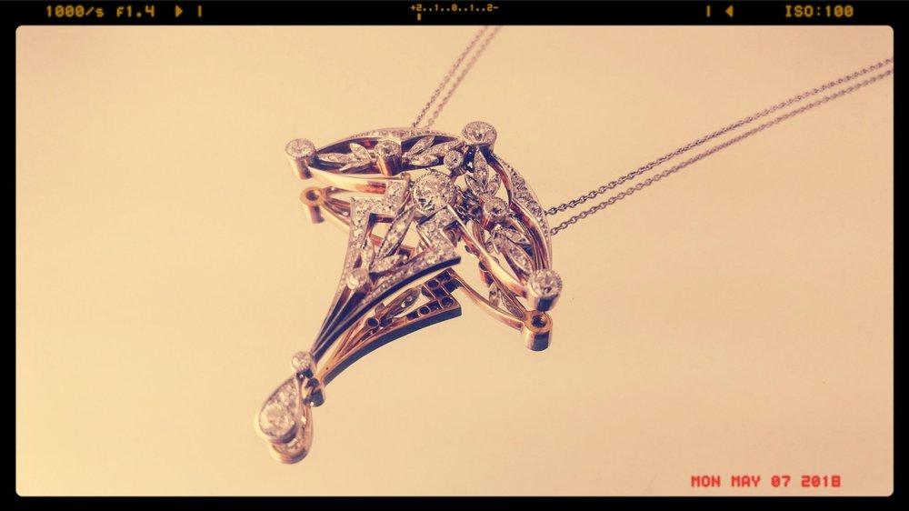 darvier-ginkgo-diamond-pendant-insurance-appraisal.jpg