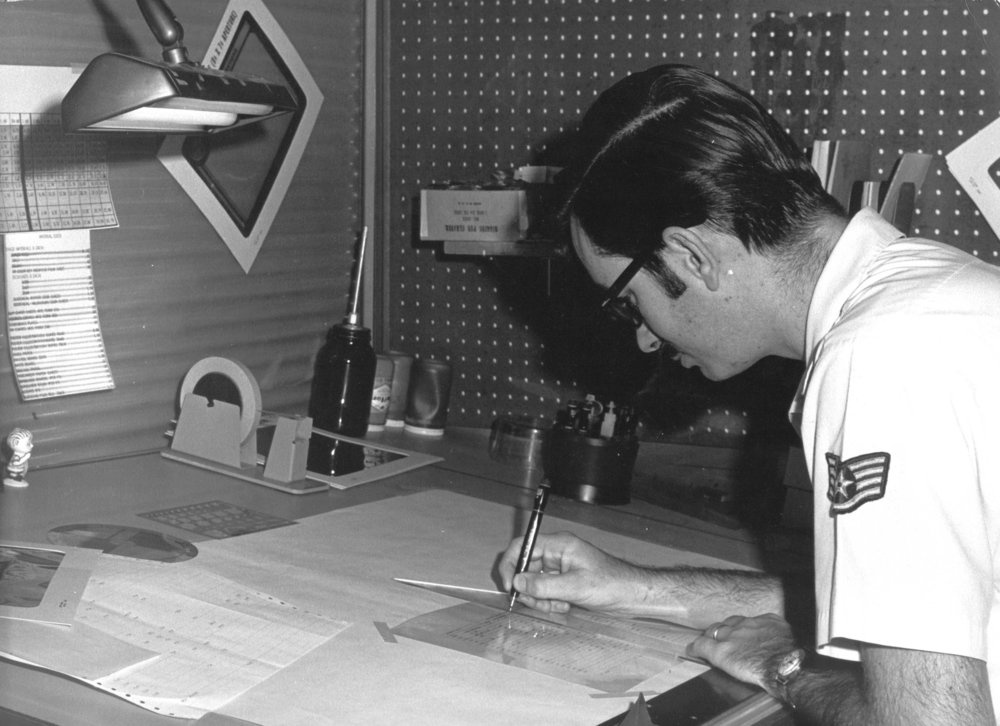 darvier-pops-drafting-at-randolph-AFB-1973.jpg