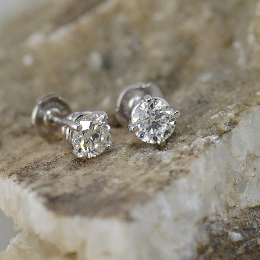 darvier-some-diamond-studs.JPG