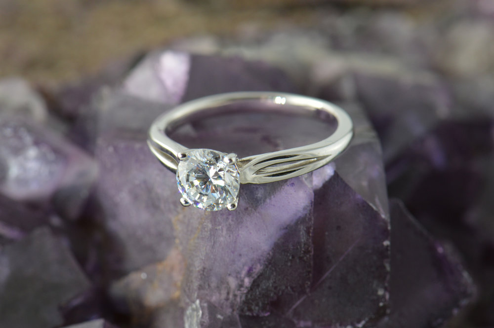darvier-split-solitaire-ring.JPG