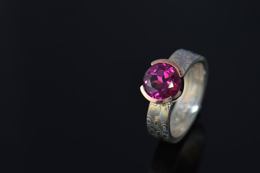 darvier-garnet-rose-gold-palladium-random-pattern-juicy-ring.jpg