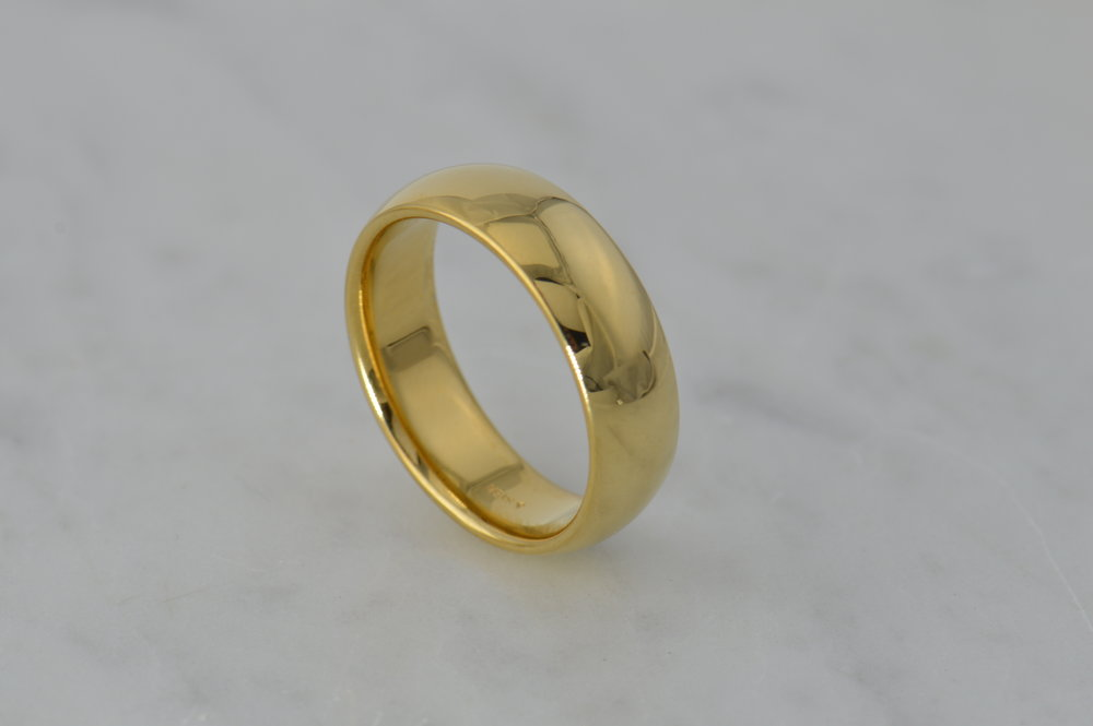 darvier-yellow-classic-dome-profile-ring.JPG