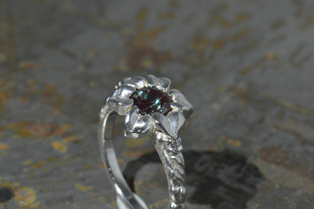 darvier-alexandrite-hand-carved-textured-floral-ring.JPG