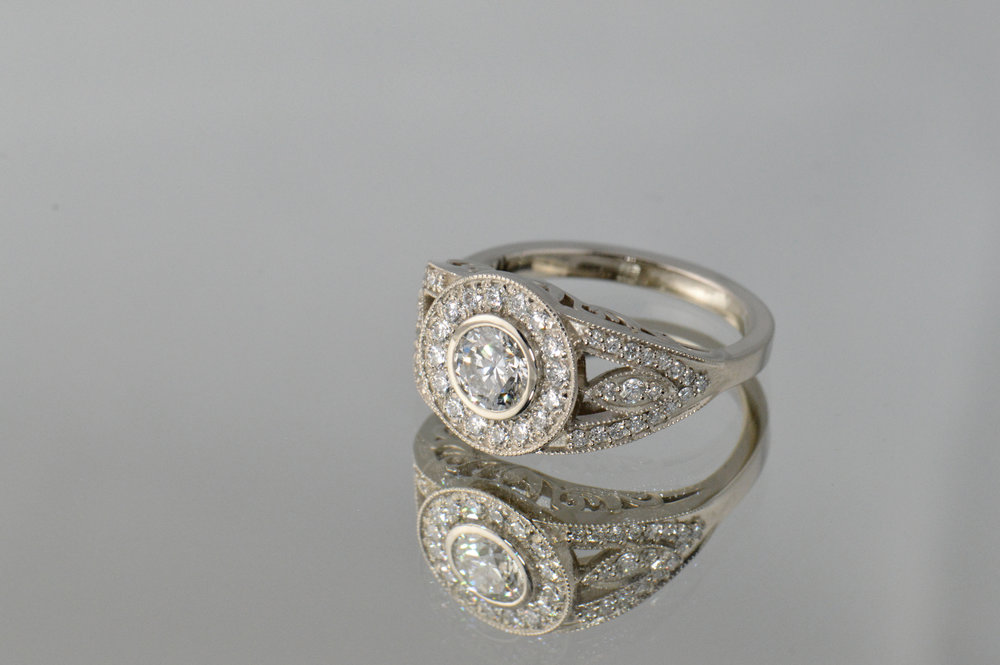 darvier-diamond-vintage-inspired-wedding-ring.JPG