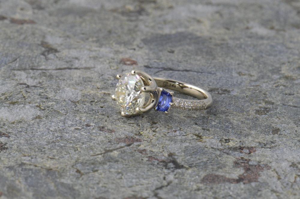 darvier-trapezoid-sapphire-three-stone-pave-ring.JPG