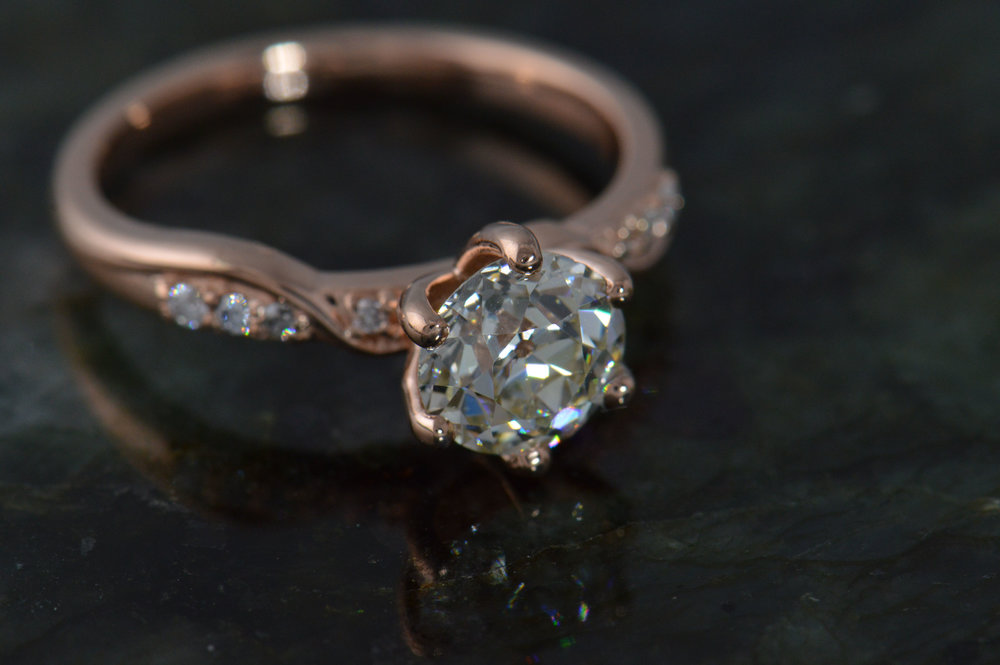 darvier-vintage-diamond-rose-gold-engagement-ring.JPG