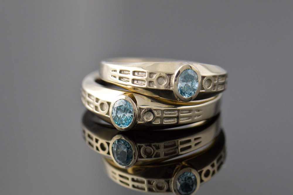 darvier-blue-zircon-white-gold-wedding-set.JPG