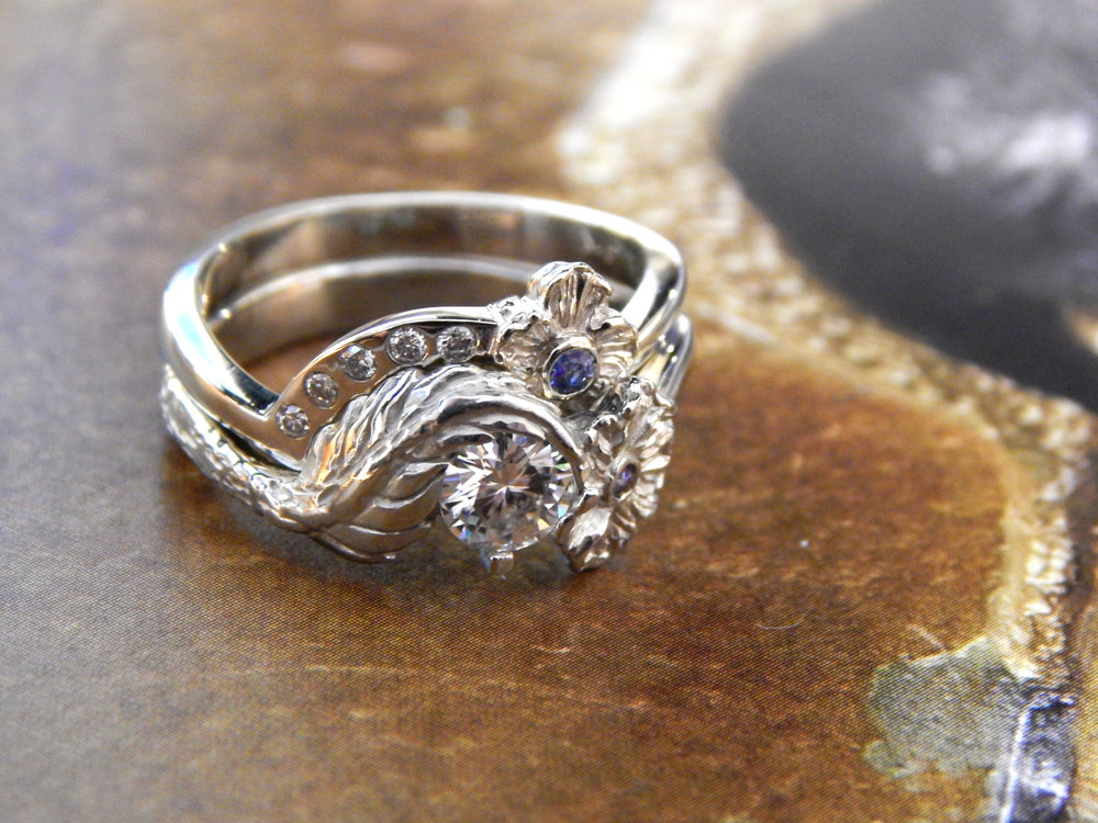 darvier-hand-carved-diamond-sapphire-wedding-set-organic.JPG