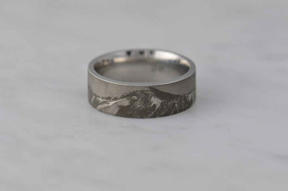 darvier-photo-realism-engraving-ring.JPG