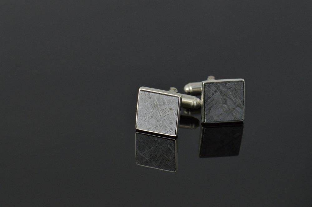darvier-meteorite-cufflinks.jpg
