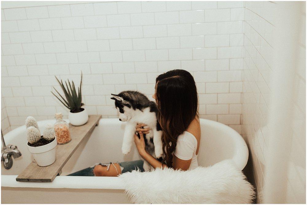 Intimate In Home Session | Siberian Husky Puppy | Cassie Trottier Photography | Liz Vaugin