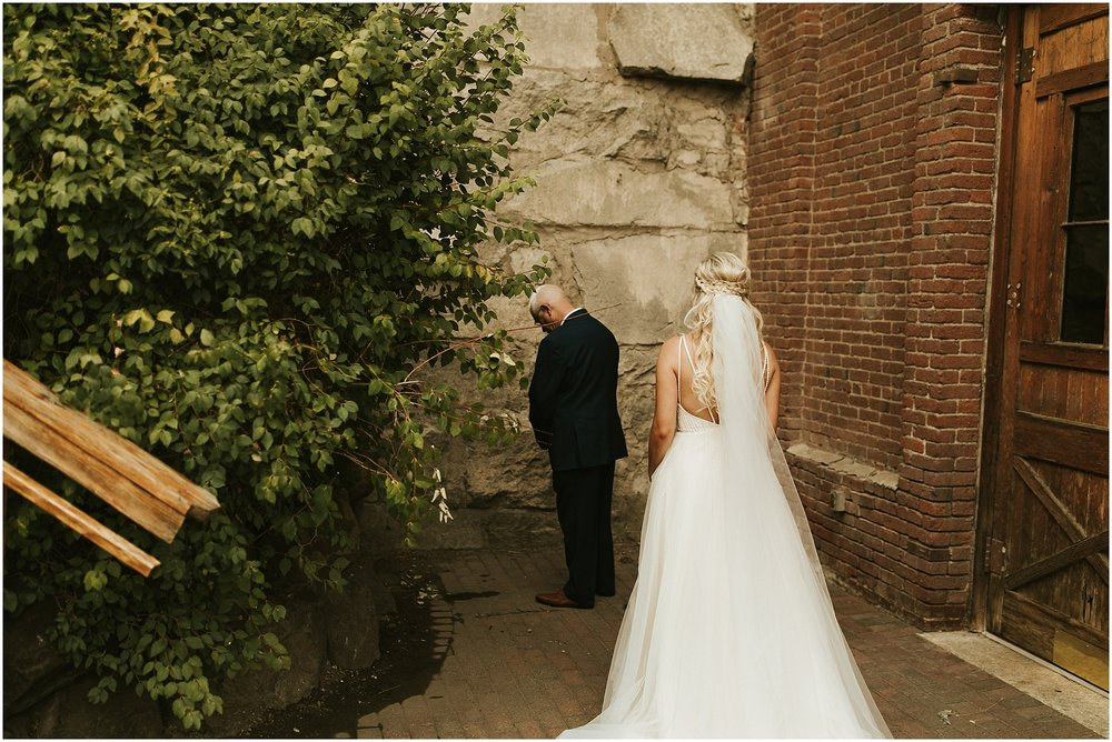 Chateau Rive Spokane Wedding Cassie Trottier Photography1003.jpg
