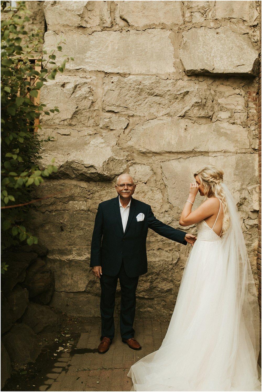 Chateau Rive Spokane Wedding Cassie Trottier Photography1006.jpg