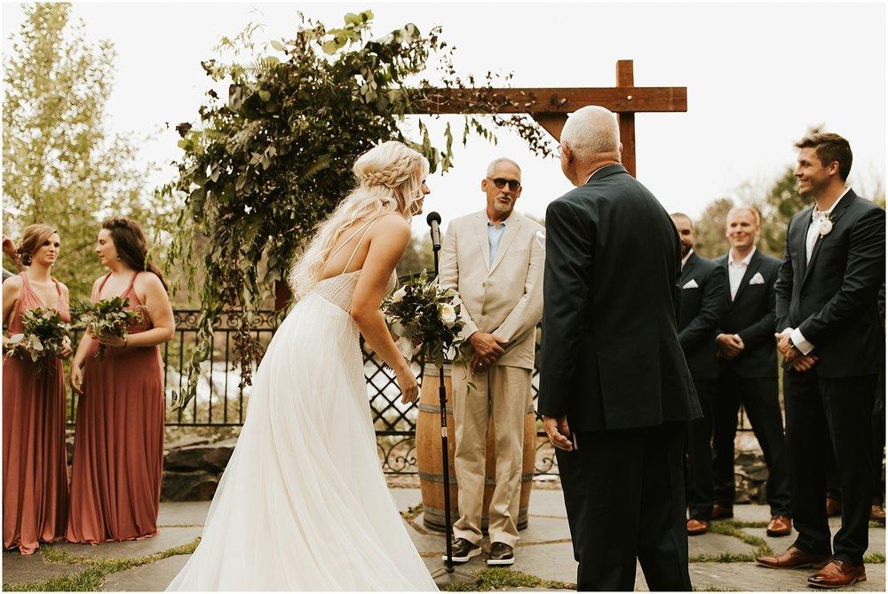 Chateau Rive Spokane Wedding Cassie Trottier Photography1073.jpg