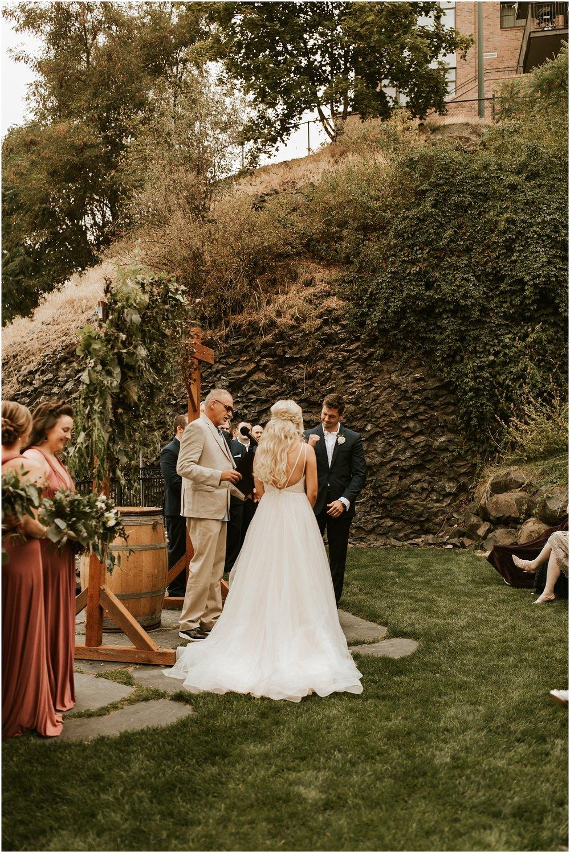 Chateau Rive Spokane Wedding Cassie Trottier Photography1075.jpg