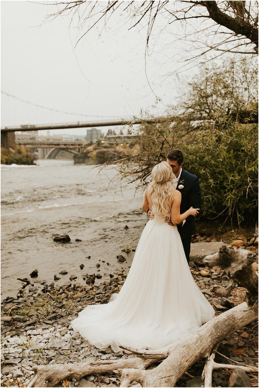 Chateau Rive Spokane Wedding Cassie Trottier Photography1107.jpg