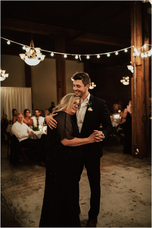 Chateau Rive Spokane Wedding Cassie Trottier Photography1152.jpg