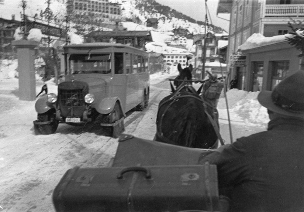 Promenade.davos.1935.ORIG.jpg