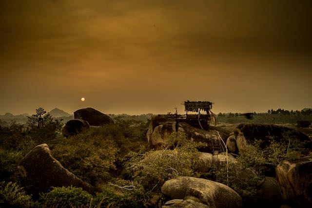 H India 125.jpg