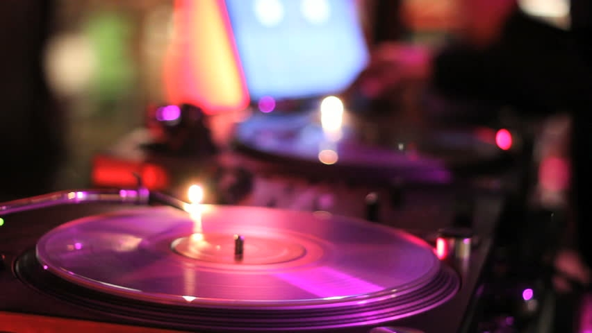 DANCE THE NIGHT AWAY - Enjoy dance jams from our DJ up until 8 pm!