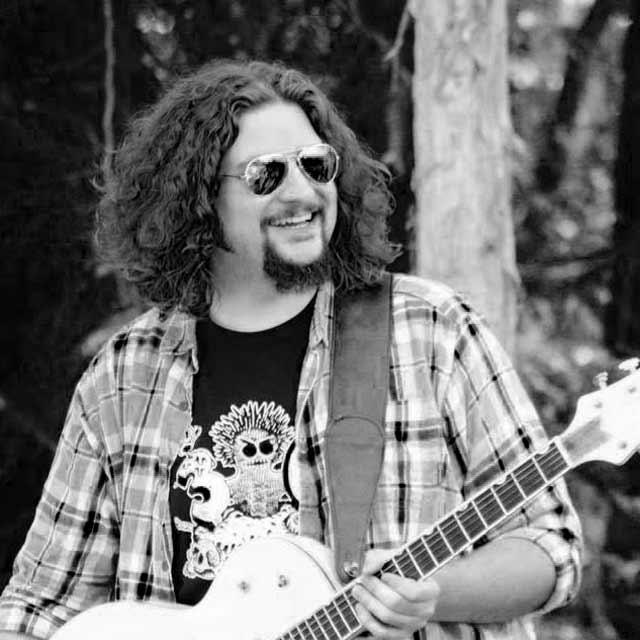MATT CLIFFORD - Field recording master, Guitar god,audio engineer