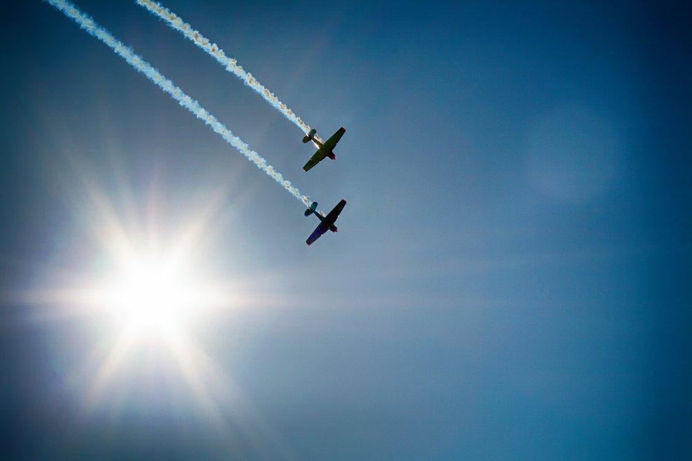 aircraft-377697.jpg