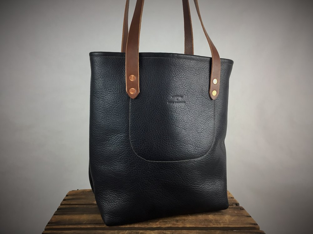 Pebble Grain Tote Bag - 225.00