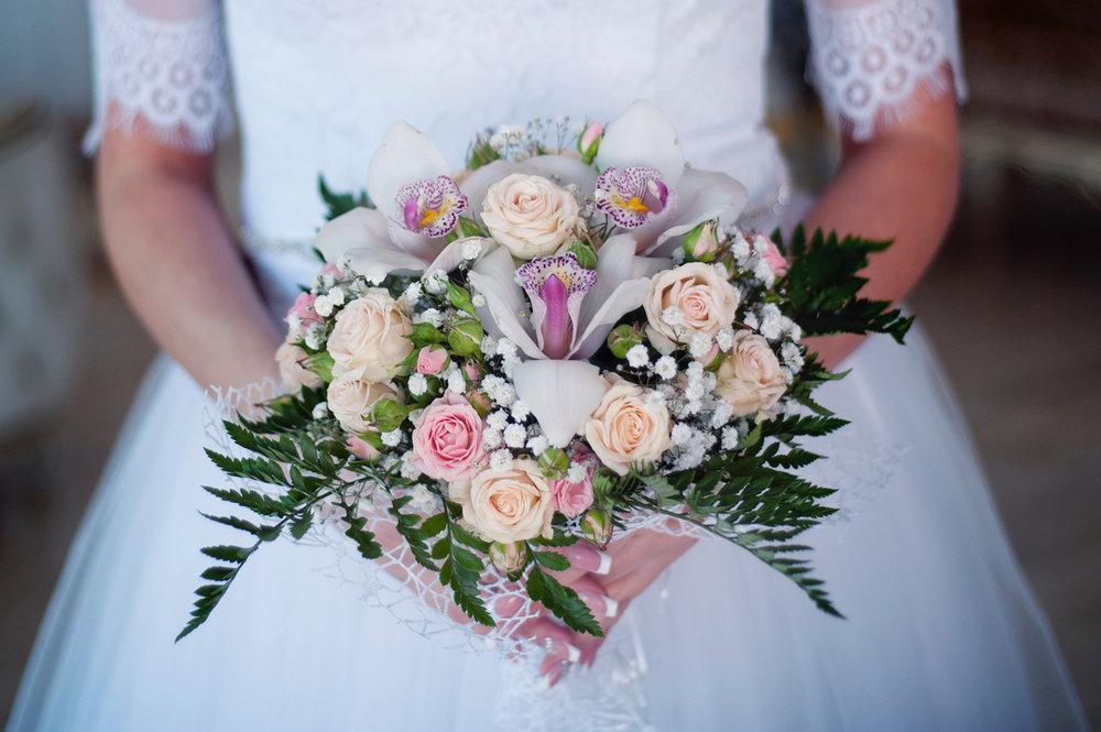 beautiful-blur-bouquet-342257.jpg