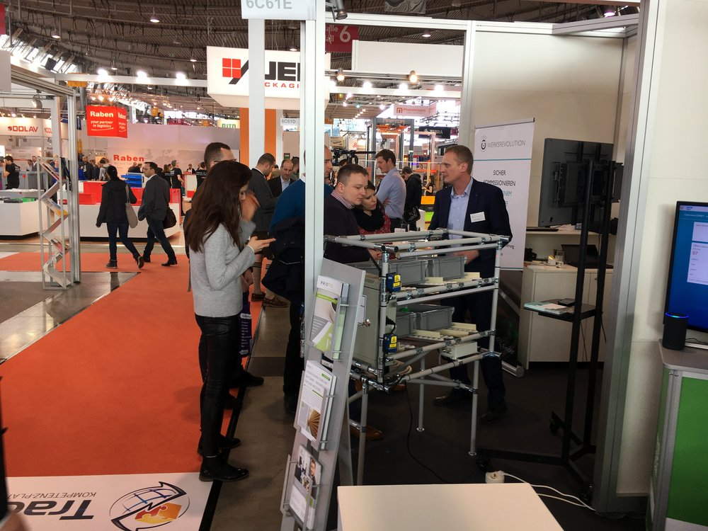 WERKSREVOLUTION_LogiMAT_pick to light (3).JPG